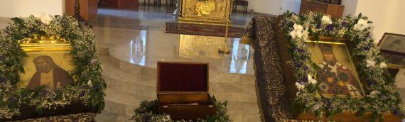 В наш храм прибыли три из девяти святынь участвовавших в Крестном ходе.