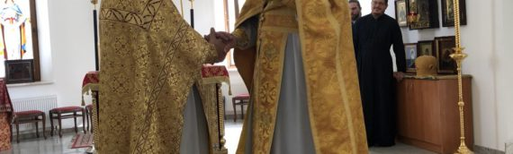 Духовенство и прихожане поздравили клирика храма с Днём Рождения.